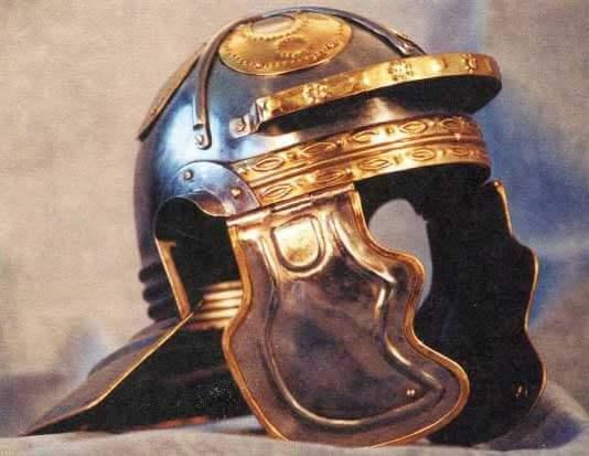 шлем римского легионера