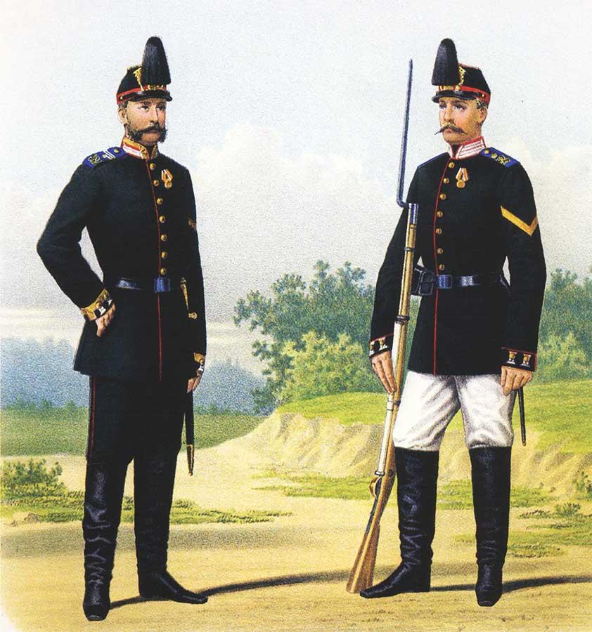 Унтер-офицер и рядовой 5-го пехотного Калужского полка в парадной форме, 10 марта 1873 года.