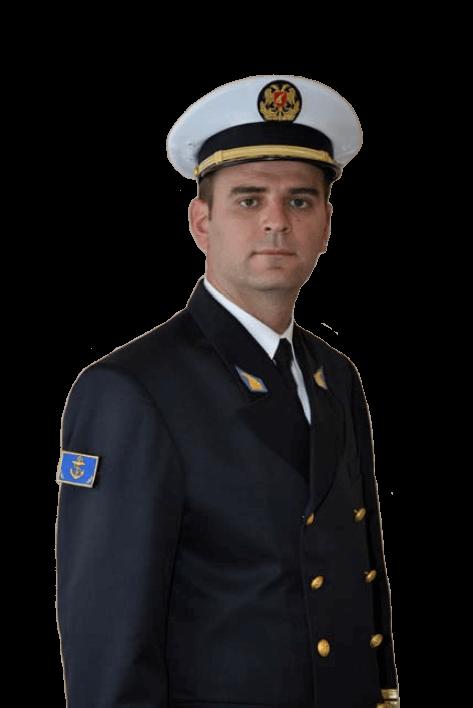 Повседневная униформа старших офицеров Военно-морских сил Албании