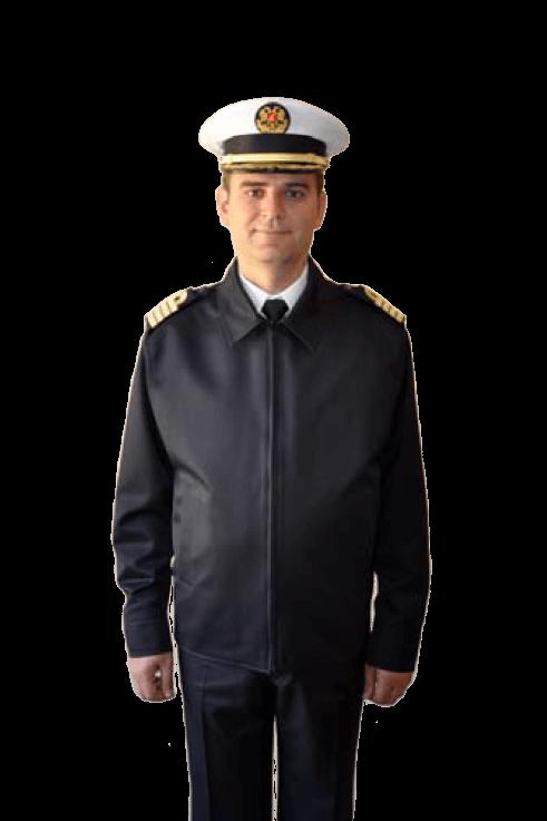 Повседневная униформа женщин-офицеров военно-морских сил Албании