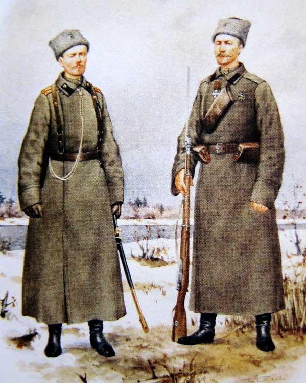 Мичман и матрос Гвардейского экипажа в зимней форме одежды, 1915